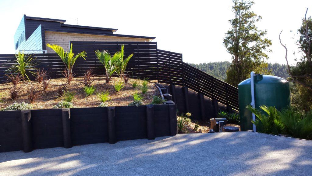 Architectural Aluminium Horizontal Slat Fence