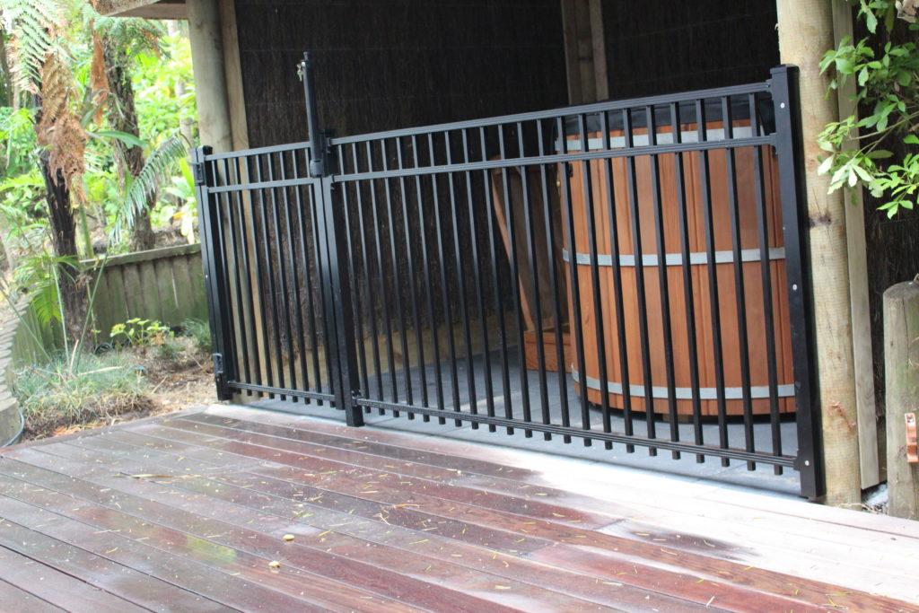 Sanctuary Fence around Spa Pool